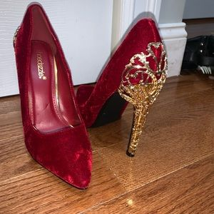 Princess heel Shoedazzle